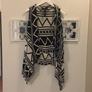 Patterned Knit Cream & Black Vest